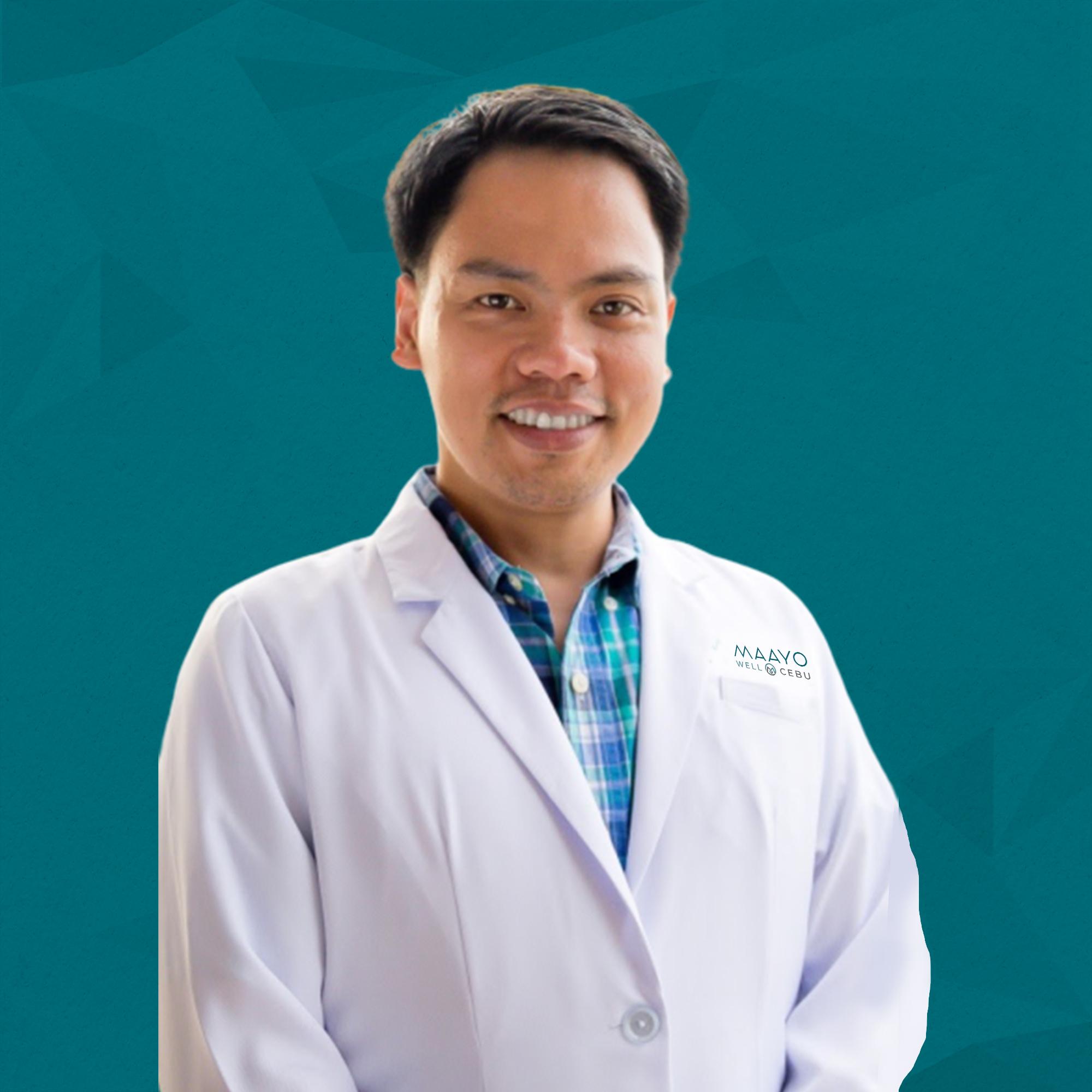 Dr. Oporto, Gilbert